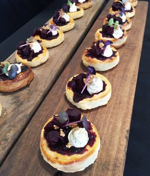beetroot+tartlet+with+wholegrain+mustard+and+goats+cheese